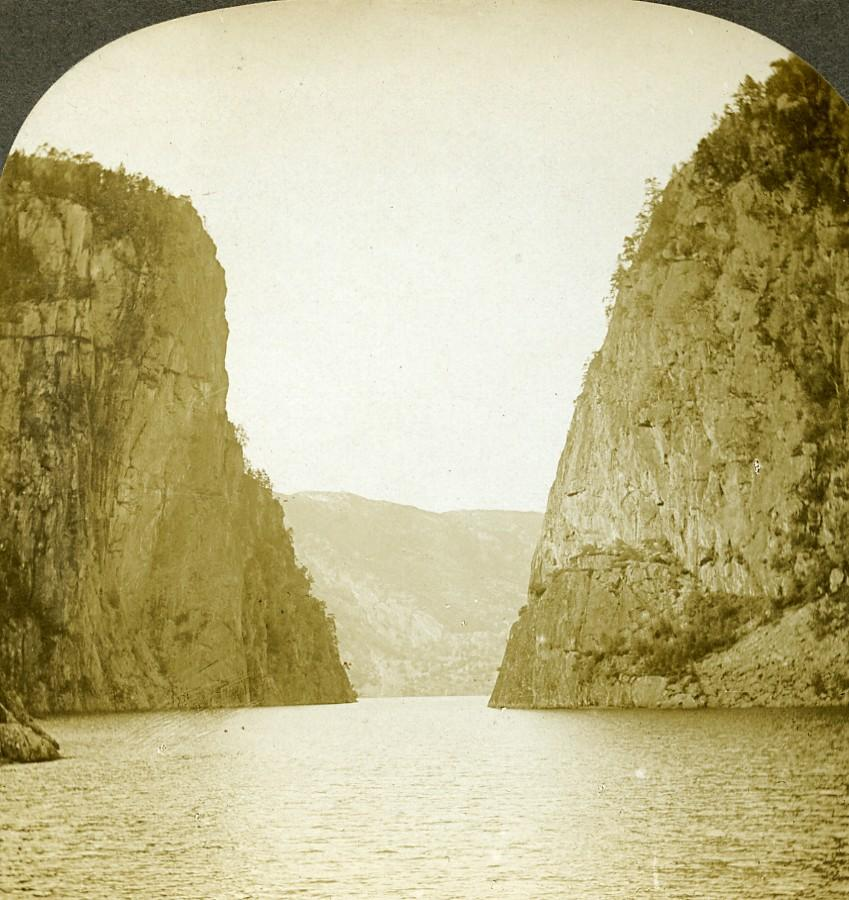 Norway the Portal Sandal Fjord Old Stereoview: William H. RAU