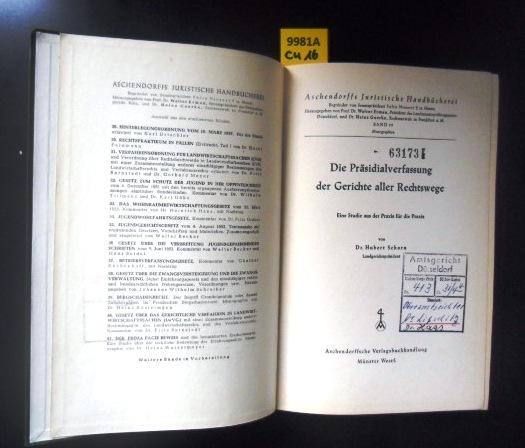 Die Präsidialverfassung der Gerichte aller Rechtswege. eine: Rechtswesen. - Schorn,