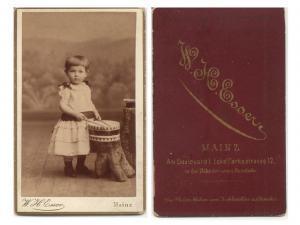 CDV Carte de Visite Foto Porträt Knabe: Esser, W.H. Fotoatelier