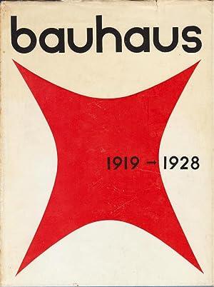 Bauhaus-Weimar, 1919-'25. Dessau 1925-'28.: Bauhaus. Bayer, Herbert.