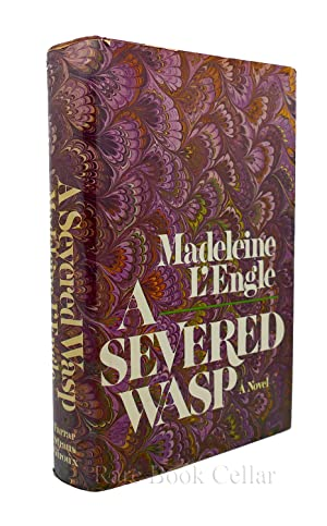 A SEVERED WASP: Madeleine L'Engle