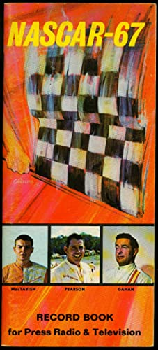 NASCAR 1967 YEARBOOK PEARSON MACTAVISH GAHAN - PETTY FN
