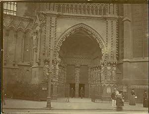 France, Metz (Moselle), devant la Cathédrale: Photographie originale /