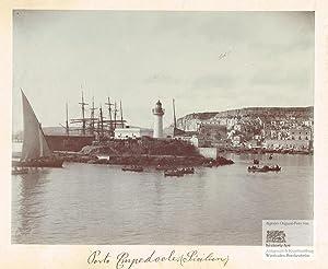 Porto Empedocle auf Sizilien. Ansicht des Hafens von Empedocle mit vielen Segelschiffen und ...