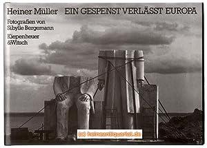 Bild des Verkäufers für Ein Gespenst verlässt Europa. Fotografien von Sibylle Bergemann; mit einem Nachwort von Paul Voigt. zum Verkauf von Heinrich Heine Antiquariat oHG