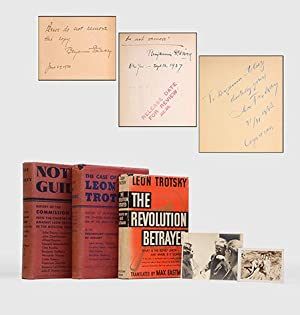 The Revolution Betrayed. What is the Soviet: TROTSKY, Leon.