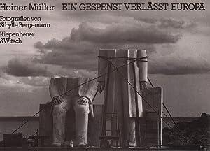 Bild des Verkäufers für Ein Gespenst verlässt Europa. Fotografien von Sibylle Bergemann. Mit einem Nachwort von Peter Voigt. zum Verkauf von Antiquariat Reinhold Pabel
