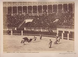 Corridas de Toros. Frascuelo pasando de muleta. A Bull Fight at Madrid. 1889