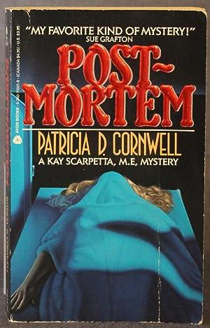 POSTMORTEM (A Kay Scarpetta, M.E., Mystery): Cornwell, Patricia