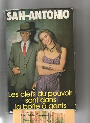 Image du vendeur pour Les clefs du pouvoir sont dans la boîte à gants mis en vente par La Petite Bouquinerie