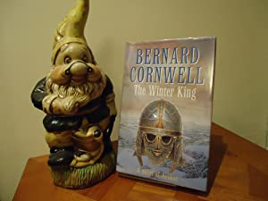 THE WINTER KING+SIGNED+FIRST EDITION FIRST PRINT++: BERNARD CORNWELL (SIGNED)