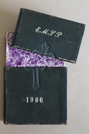 Schuber in Form eines Buches mit Blind-: Gesangbuch-Schuber