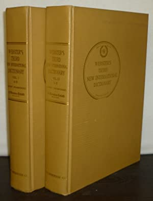 Seller image for Webster's Third New International Dictionary of the English Language Unabridged. Utilizing all the experience and resources of more than one hundred years of Merriam-Webster dictionaries. Editor in Chief: Philip Babcock Gove. Volume 1 and 2. for sale by Antiquariat Kretzer