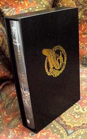 Bild des Verkäufers für The Fall of Gondolin, UK First Edition Signed By Alan Lee, with Custom Leather Slipcase zum Verkauf von The Tolkien Bookshelf
