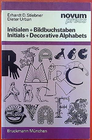 Bild des Verkäufers für Initialen + Bildbuchstaben / Initials + Decorative Alphabets zum Verkauf von biblion2