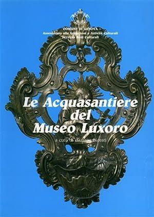 Le acquasantiere del Museo Luxoro.