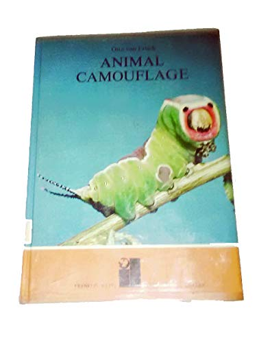9780001001749: Animal Camouflage (International Library)