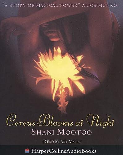 9780001055605: Cereus Blooms At Night