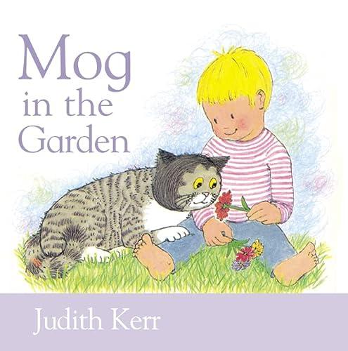 9780001374768: Mog in the Garden