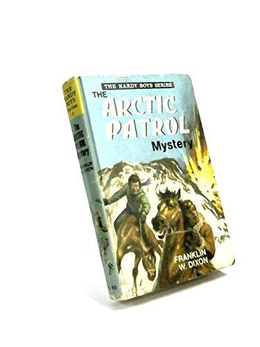 9780001605022: Arctic Patrol Mystery