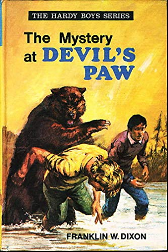 9780001605350: Mystery at Devil's Paw