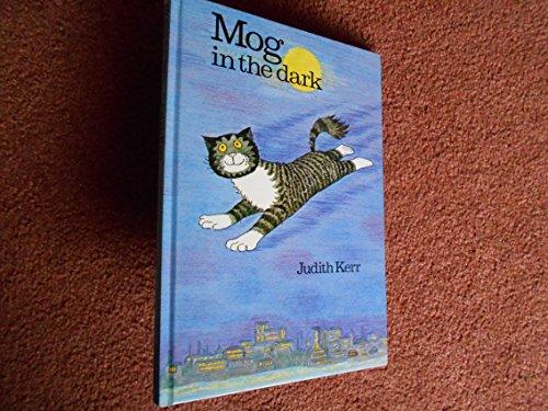 9780001837690: Mog in the Dark