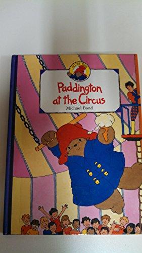 9780001936638: Paddington at the Circus