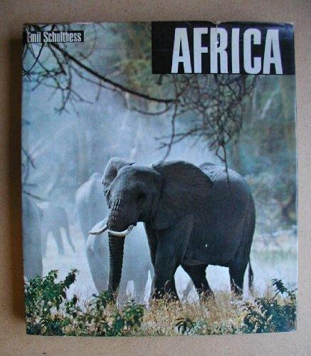 9780002110358: Africa