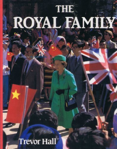 9780002178716: The Royal Family