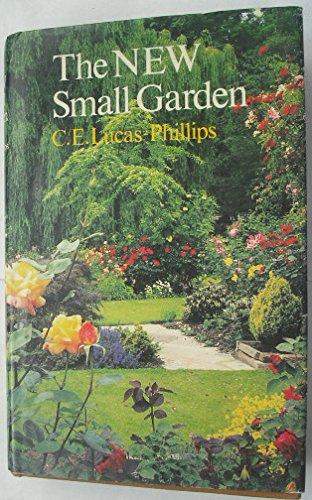 9780002191043: New Small Garden
