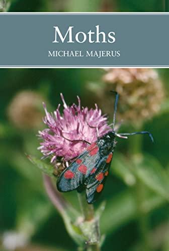 9780002201421: Moths (Collins New Naturalist)