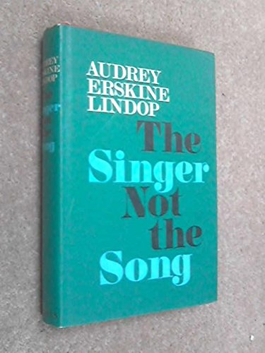 9780002217774: Singer Not the Song