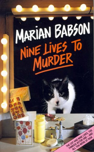 9780002324144: Nine lives to murder