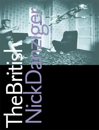 9780002571609: The British: A Personally Selected Collection of Images from Britain's Underclass and Upperclass