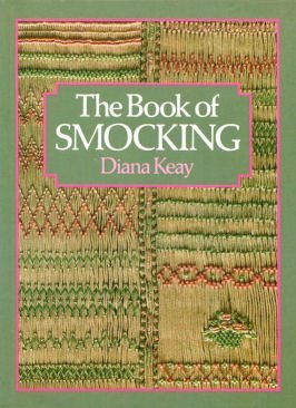 9780004117249: The Book of Smocking