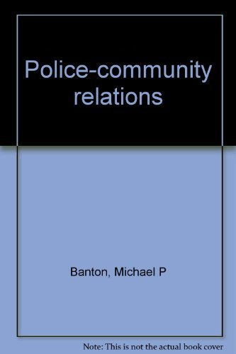 9780004603704: Police-community relations