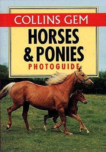 9780004709741: Horses & Ponies Photo Guide (Collins Gem)