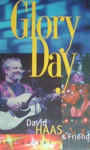 9780005230664: Glory Day [VHS]