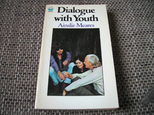 9780006130130: Dialogue with youth