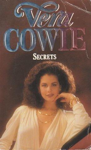 9780006177371: Secrets