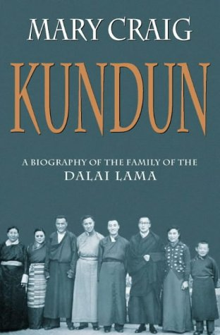 9780006280804: Kundun: A biography of the family of the Dalai Lama
