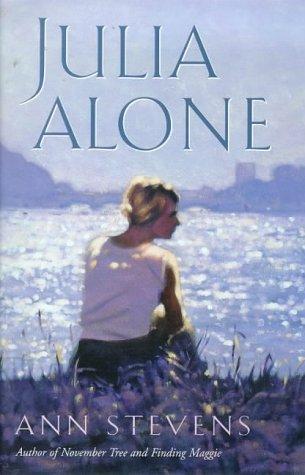 9780006511366: Julia Alone