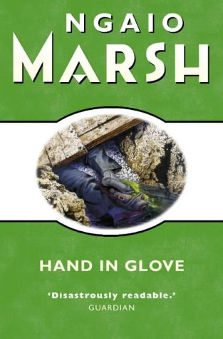 9780006512486: Hand in Glove