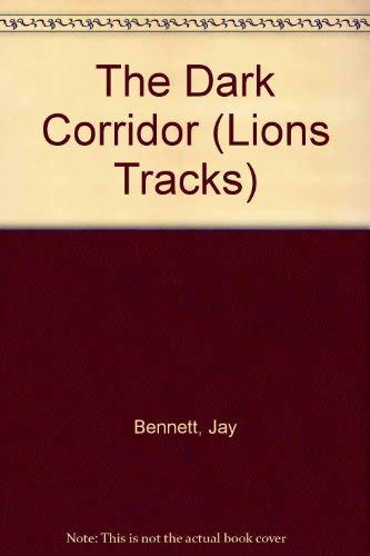 9780006733003: The Dark Corridor (Lions Tracks)
