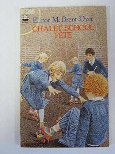 9780006904458: Chalet School Fete