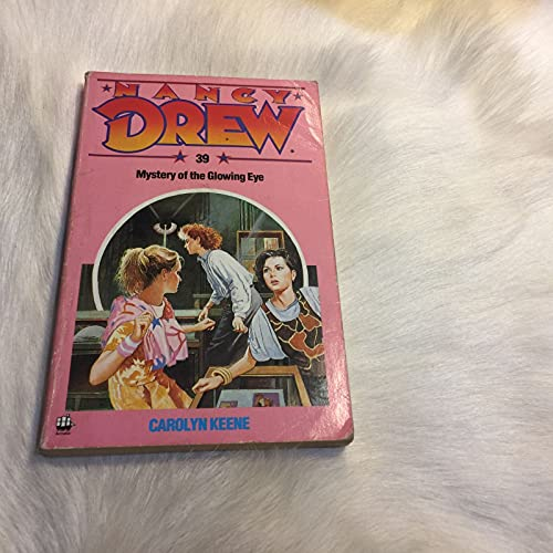9780006928126: Mystery of the Glowing Eye (The Nancy Drew mysteries)