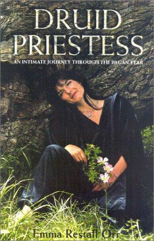 9780007107698: Druid Priestess: An intimate journey through the pagan year