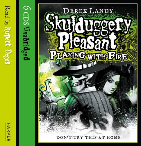 9780007262267: Playing with Fire (Skulduggery Pleasant)