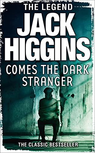 9780007274239: Comes the Dark Stranger