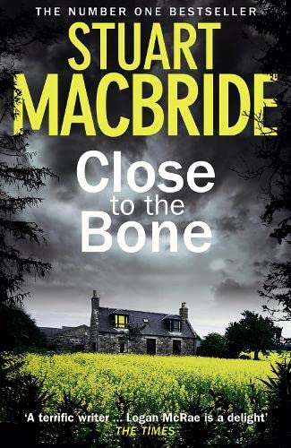 9780007344277: Close to the Bone (Logan McRae)